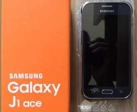 Samsung Galaxy J1 Ace libre de fábrica, seminuevo en caja. Digno de ver. Zona San Martín