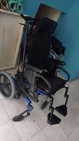 Venta de sillas de ruedas nuevas y usadas