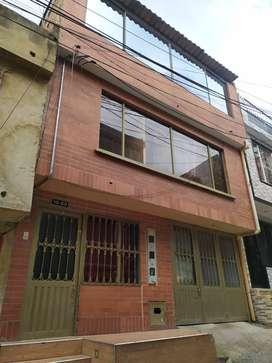 Casa multifamiliar, barrio monteblanco, Bogotá, con exelente renta y ubicación