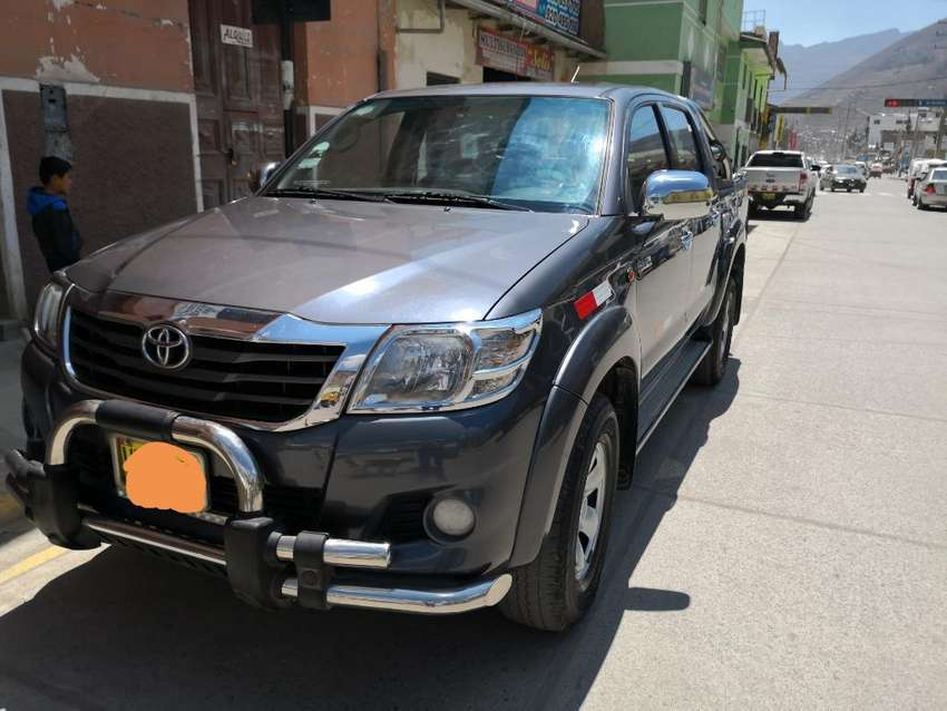 Toyota Hilux 2012 - Tracción Simple 0
