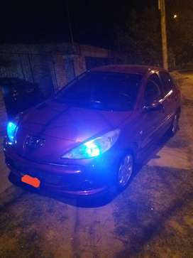 Peugeot 207 compact 1.4 xs 5p año 2011