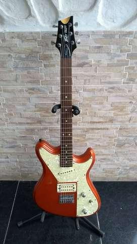 Guitarra eléctrica Peavey Retro Fire usada
