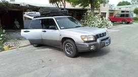 Vendo camineta 4x4 Subaru Forester 2001 con GNC