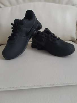 Tenis Nike shox originales niño