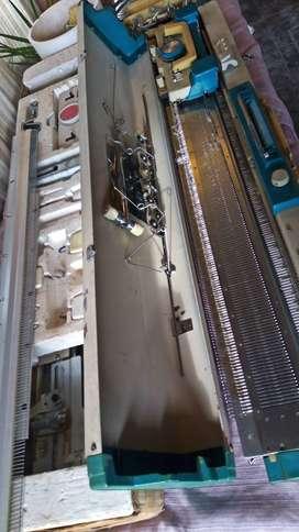 Maquina de Tejer Lady Tricot 320 completa