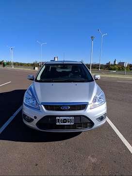 Vendo Ford Focus II 2.0 Exe Sedan Trend Plus