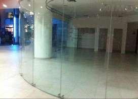 Venta de Local Comercial en Samborondon, en Centro Comercial