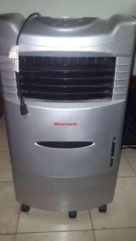 Aire acondicionado está 10 de 10   tal como lo ven en las fotos como nuevo