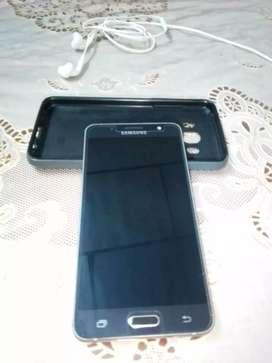 Telefono samsung j5 metal en excelente condiciones