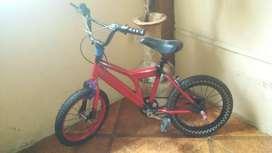 Vendo bicicleta BMX para niino