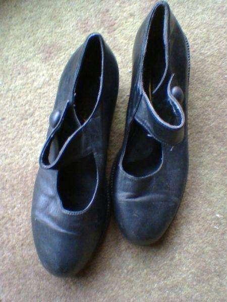Zapatos para Danzas Folklore/ Flamenco/Tango! USADOS