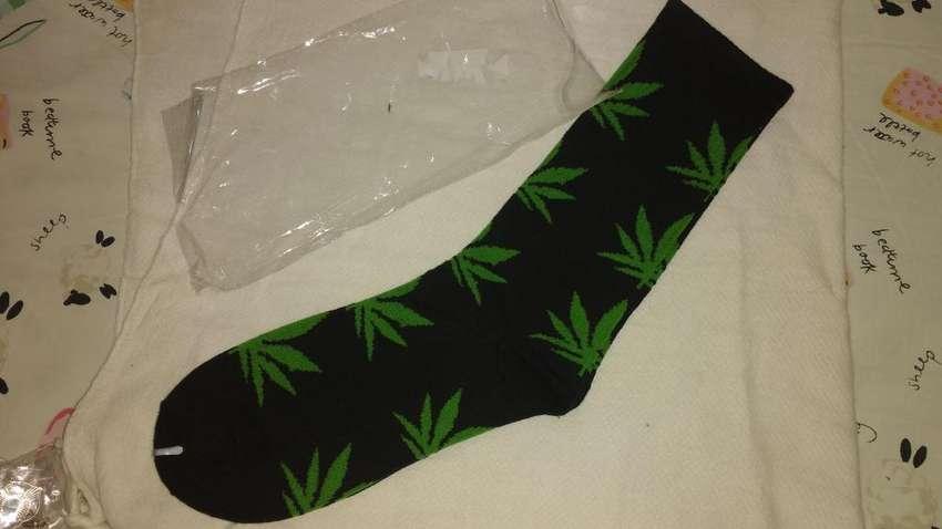 Medias Cannabis 0