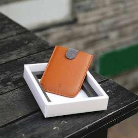 Billetera portatarjetas pequeño diseño y funcionalidad