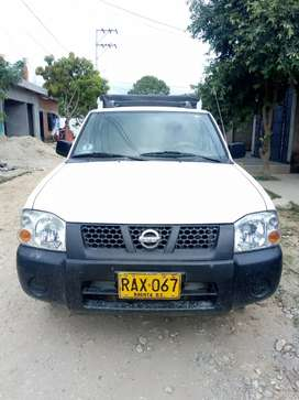 Vendo o cambio Camioneta Nissan Doble Cabina D22 4*2