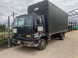 Se vende camión Ford cargo 815
