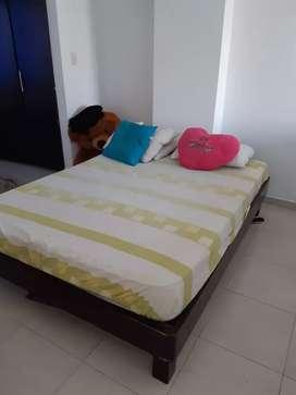 SUPER OFERTA Se vende colchon + base cama + mesa de noche