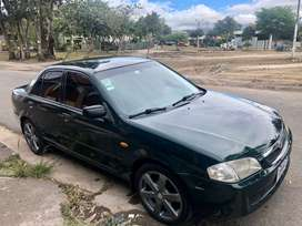 Mazda 323 impecable