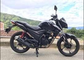 Se vende Motocicleta akt cr4 125 modelo 2019
