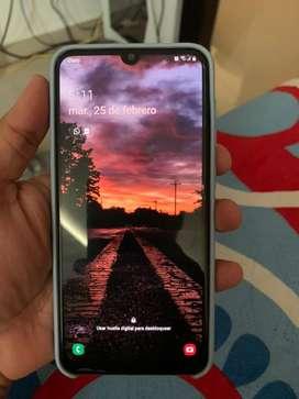 Samsung GALAXY A30 64GB  CAJA Y ACCESORIOS COMO NUEVO