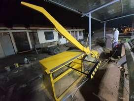 Dobladora de tol, cortadoras, baroladoras y demas maquinaria industrial.