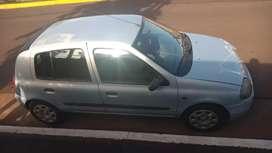 Vendo permuto Renault clio