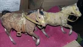 caballos antiguos juego x dos de 16cm de alto x 15 de alto