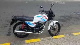 Alquilo moto AKT125 NKD