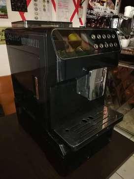 VENTA DE MAQUINA DE CAFÉ SUPERAUTOMÁTICA BOGOTÁ!!!