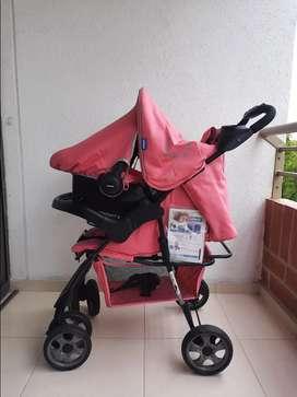 Coche para bebé marca Infanti 3 en 1