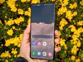 Excelente Samsung s21 ultra como nuevo con tecnología snapdragon... ofreciendo oficiencia y rapidez