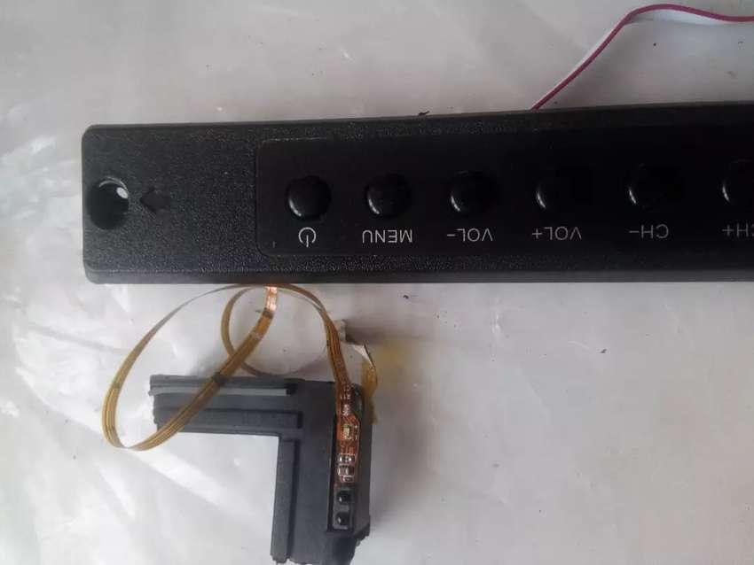 Botonera y sensor remoto TV challenger led32l51hdt2