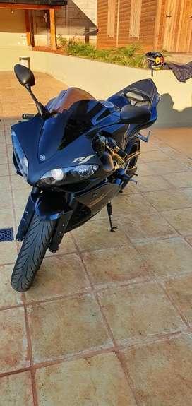 Yamaha r 1