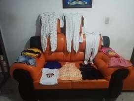 Hermozo bloque de ropa para niña
