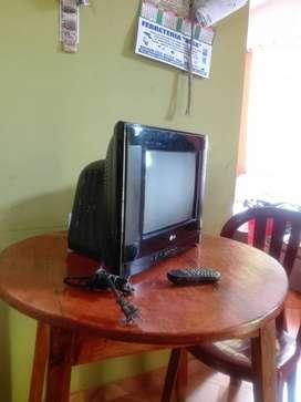"VENDO TV MARCA LG DE 15"""