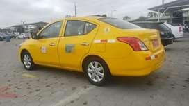 Taxi Nissan versa