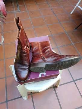 Liquido botas Hombre