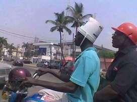 Estoy buscando empleo de motorizado .