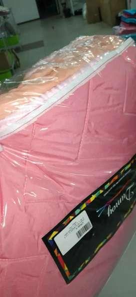 Cobertor de dos plazas y media
