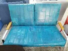 Sofa de cuero azul