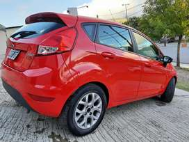 Ford Fiesta S 2014 muy lindo