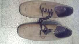 Zapatos usados con buena suela