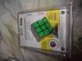 Cubo Rubik 3x3 Marca Hasbro Nuevo