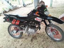 Moto honda 125Xl