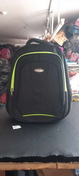 Se vende mochilas