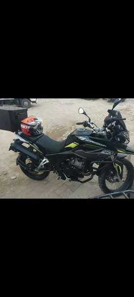 Moto 250 TT ADVENTOUR AKT