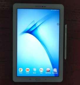 Tablet Samsung Galaxy Tab A con S Pen (lápiz táctil) blanca 3GB RAM