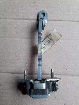 Limitador o tensor de puerta D/derecha renault clio