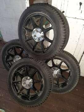 Vendo 4 ruedas 195/55/15 de 5 agujeros