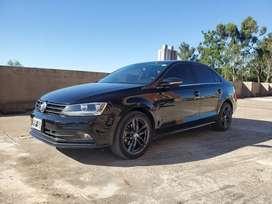 Vento 2.5 Luxury MT - 2016 - 122mil km - $1.600.000