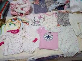 Vendo lote de ropa de niña 1 a 3 meses americana usada buen estado